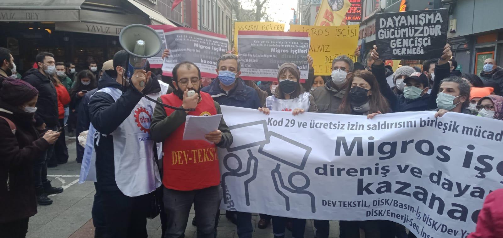 (15) Polis Engeline Rağmen Migros İşçileriyle Kitlesel Dayanışma...