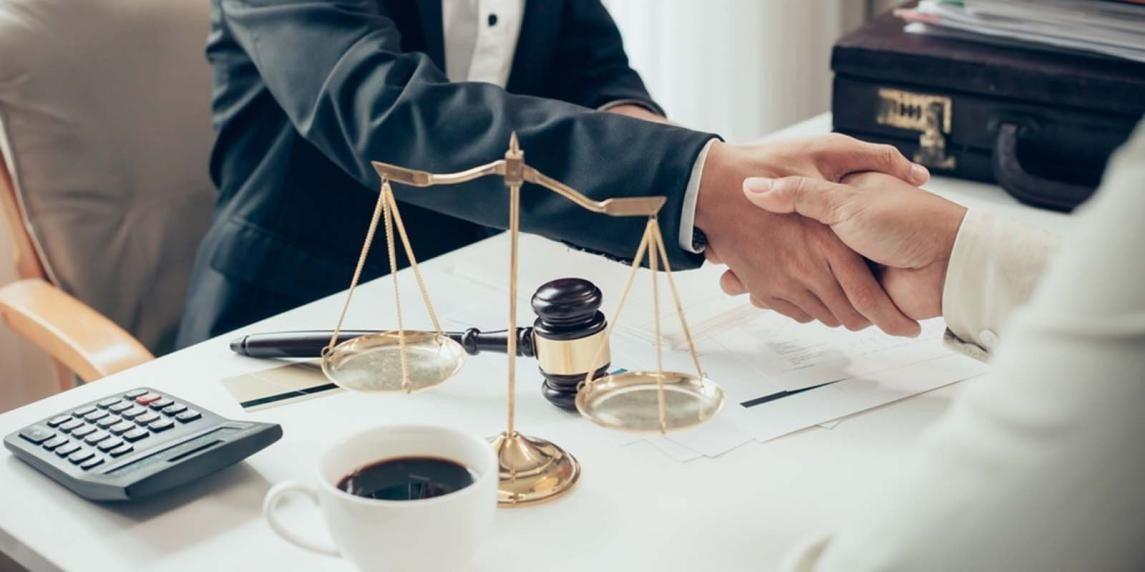 İşçiye düşmanlaşan iş hukuku - Yüksel Akkaya